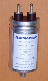 Конденсатор  E62.G85-402G10